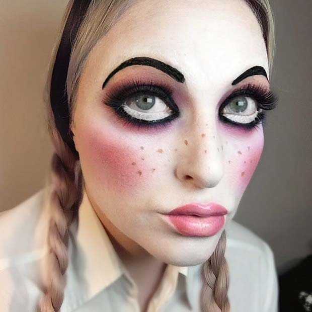 Creepy Doll Makeup for Easy, Last-Minute Halloween Makeup Looks