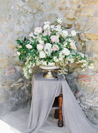 Blush, white, and floral centerpiece
