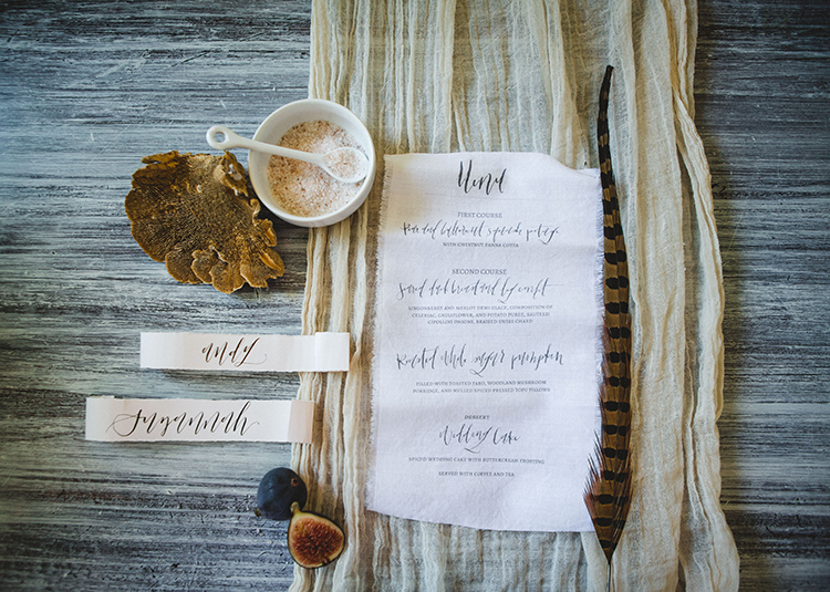 wedding paper goods - http://ruffledblog.com/fall-wedding-tablescape-with-an-unexpected-color-palette