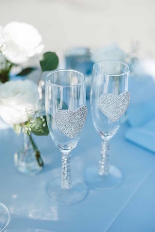 Customized champagne flutes