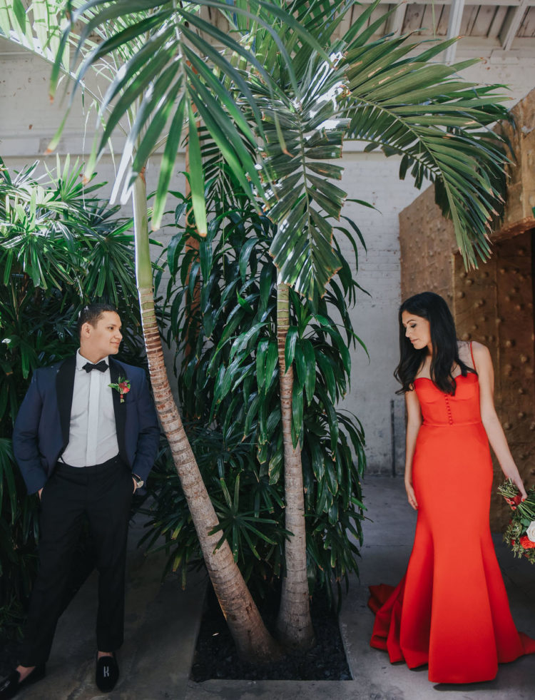 This couple went for a colorful coastal wedding that mixed up their cultures and let everyone enjoy warm weather and sunlight
