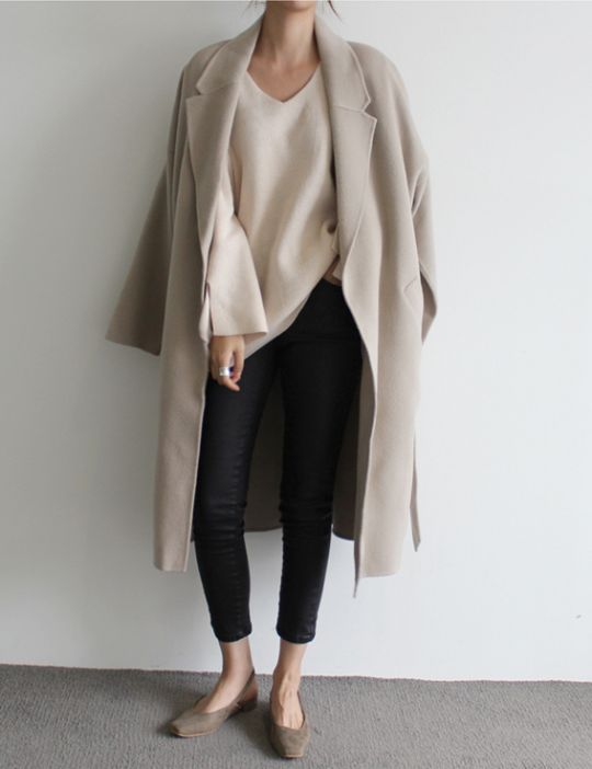 black cropped jeans, a creamy sweater, a blush coat and grey suede flats for comfort