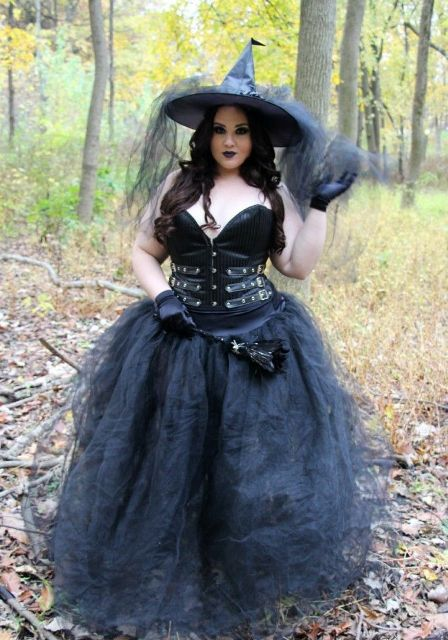 All black witch outfit with black corset, gloves, maxi skirt and hat