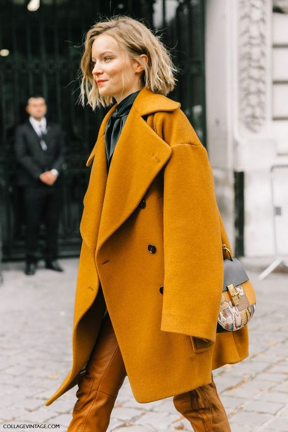 a mustard oversized coat looks very fall-like and trendy