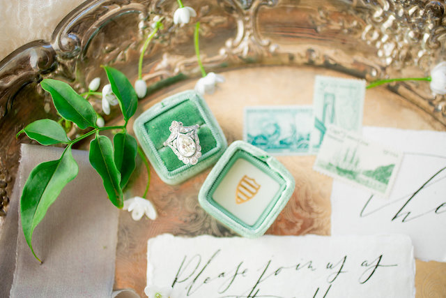 Light green velvet ring box