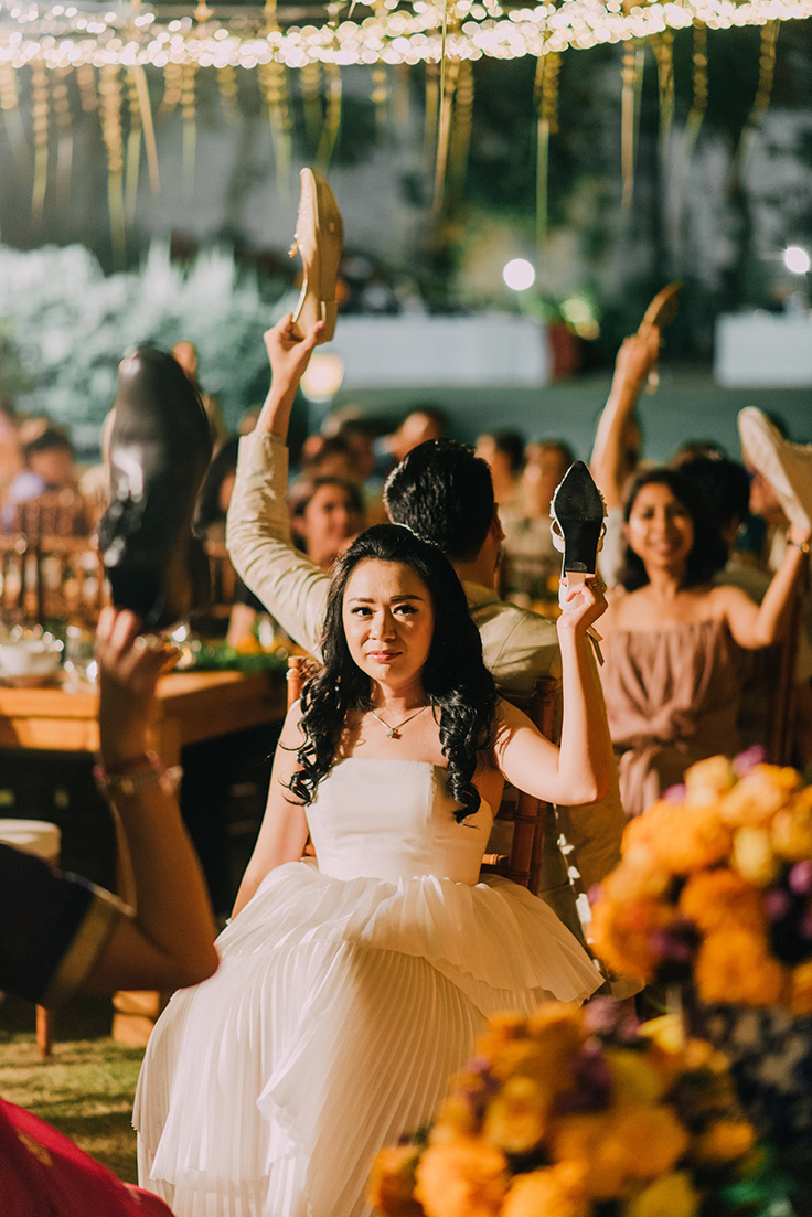 Colorful Multicultural Wedding in Bali #bali #wedding #destinationwedding see more: https://ruffledblog.com/multicultural-wedding-bali