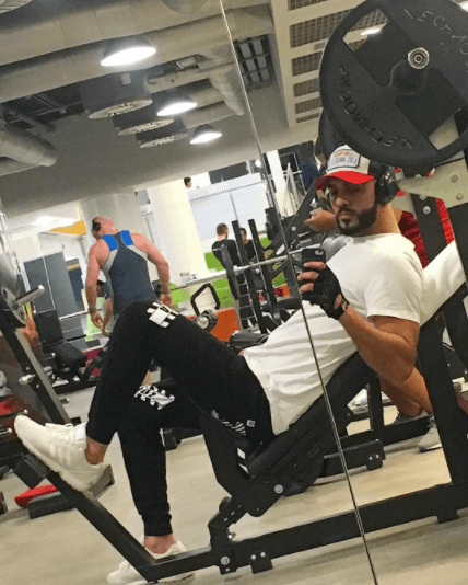 hottest pictures of omar borkan