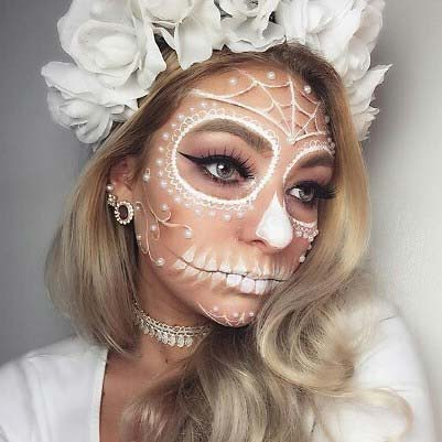Pretty Day of the Dead Skeleton for 23 Pretty Halloween Makeup Ideas