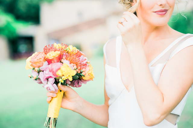 Summery bridal bouquet