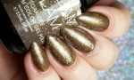 29a24  Glam Gold Shimmer Nails.jpg
