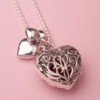 14-A-Beautiful-Heart-Shaped-Pendant 17 Cool Gifts for Teen Girls to Win Her Heart