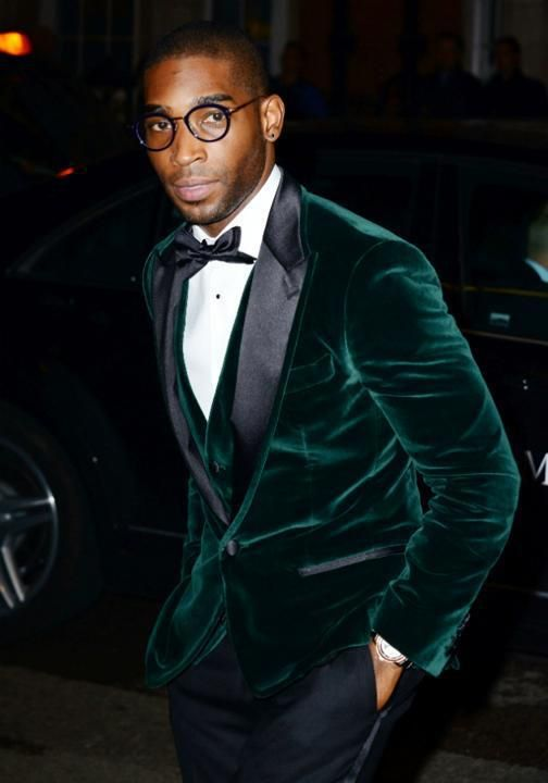 black pants worn with an emerald velvet waistcoat and jacket create a super chic look