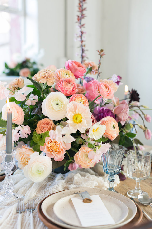 Poppy and ranunculus centerpiece