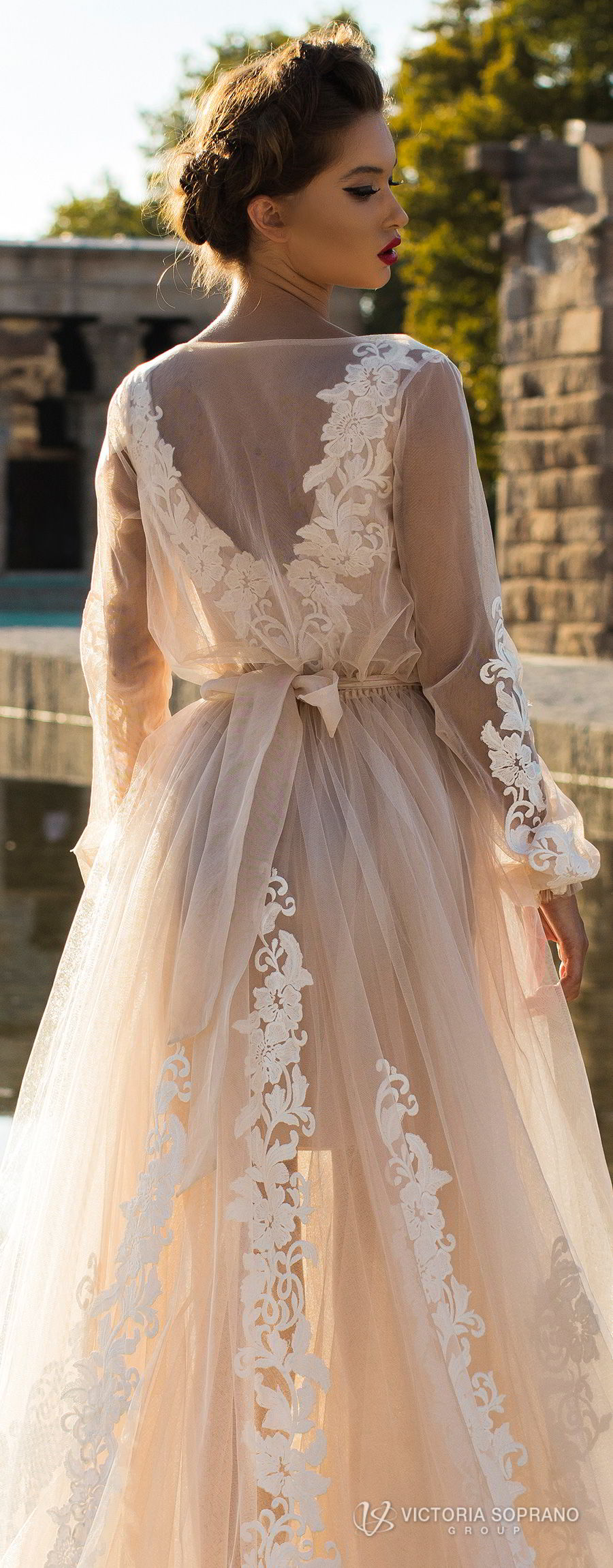 victoria soprano 2018 bridal long sleeves illuson bateau v neck light embellishment romantic blush color a line wedding dress sheer back sweep train (leila) zbv