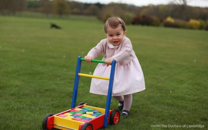 96757961_Princess_Charlotte_news-large_transeo_i_u9APj8RuoebjoAHt0k9u7HhRJvuo-ZLenGRumA 30 Cute and Latest Pictures of Princess Charlotte