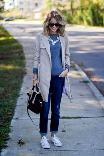 fashion-2015-10-rainy-day-outfit-idea-little-blonde-book-main-1-333x500 25 Ideas on what to wear to work when its raining