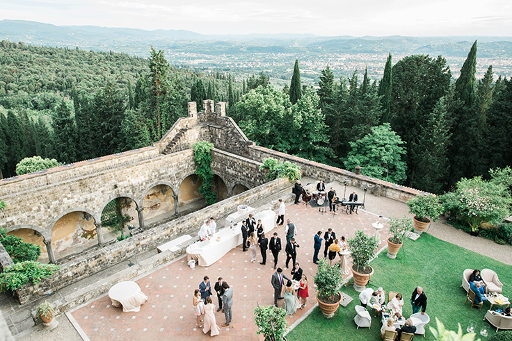 When a fashionista gets married in an Italian castle, this is the result! #destinationwedding #italy #romanticwedding see more: https://ruffledblog.com/romantic-destination-wedding-italian-castle