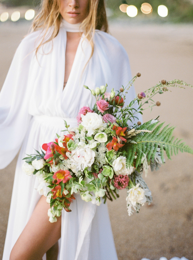 Chic beach elopement wedding in the South of France