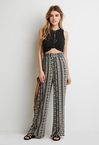 Skinny-Girls-Boho-Pants-Attire 25 Best Ideas on How to Wear Hippie Pants for Women