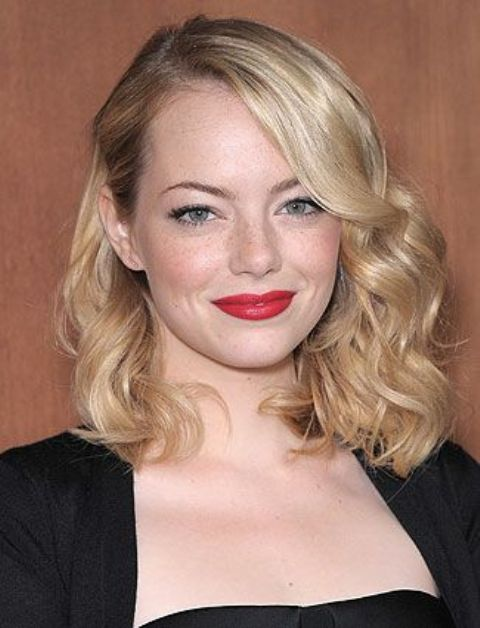 chic girlish waves and a red lip is a gorgeous combo for any holiday party