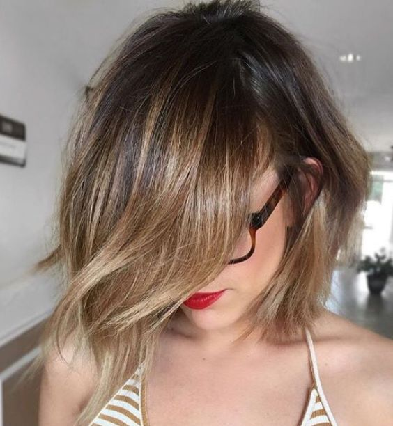 choppy bob haircut with brunette balayage looks cute and chic