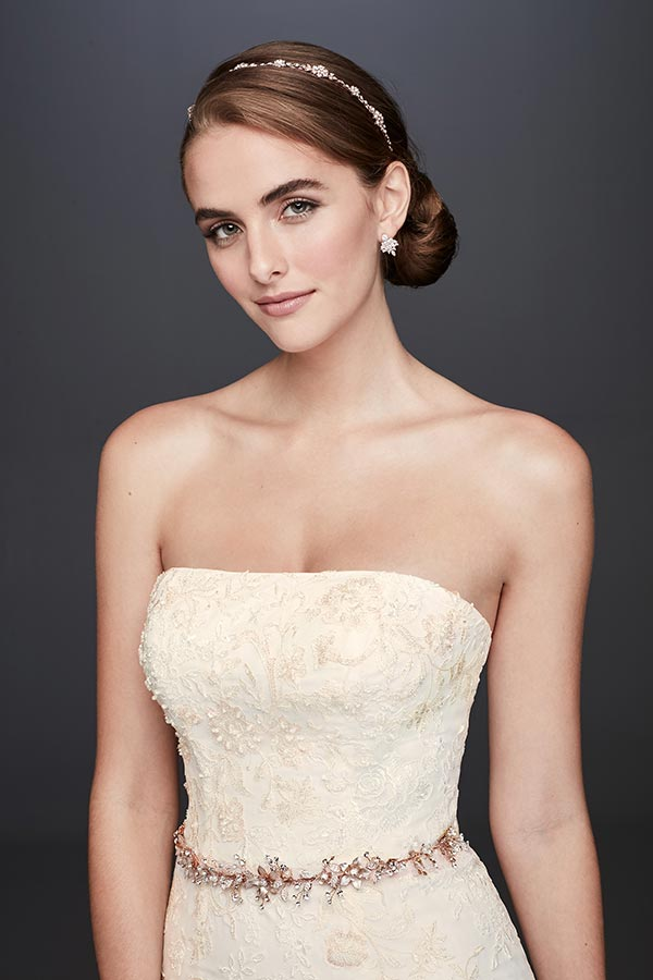 4 Wedding Dress Trends We're Fully Embracing with David's Bridal #weddingdresses #laceweddingdresses #tulleweddingskirts