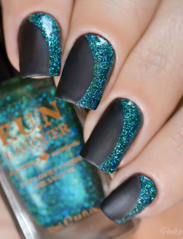 Black-and-green-glitter-nail-art Winter Nail Art Ideas - 80 Best Nail Designs This Winter
