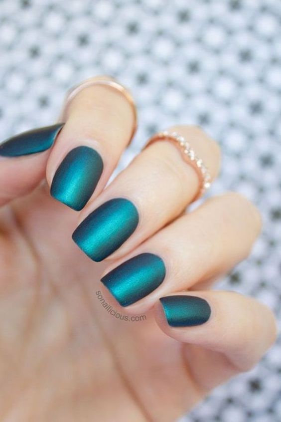 eda0cef7d4c2be3560c80c85a9ca1474 Winter Nail Art Ideas - 80 Best Nail Designs This Winter