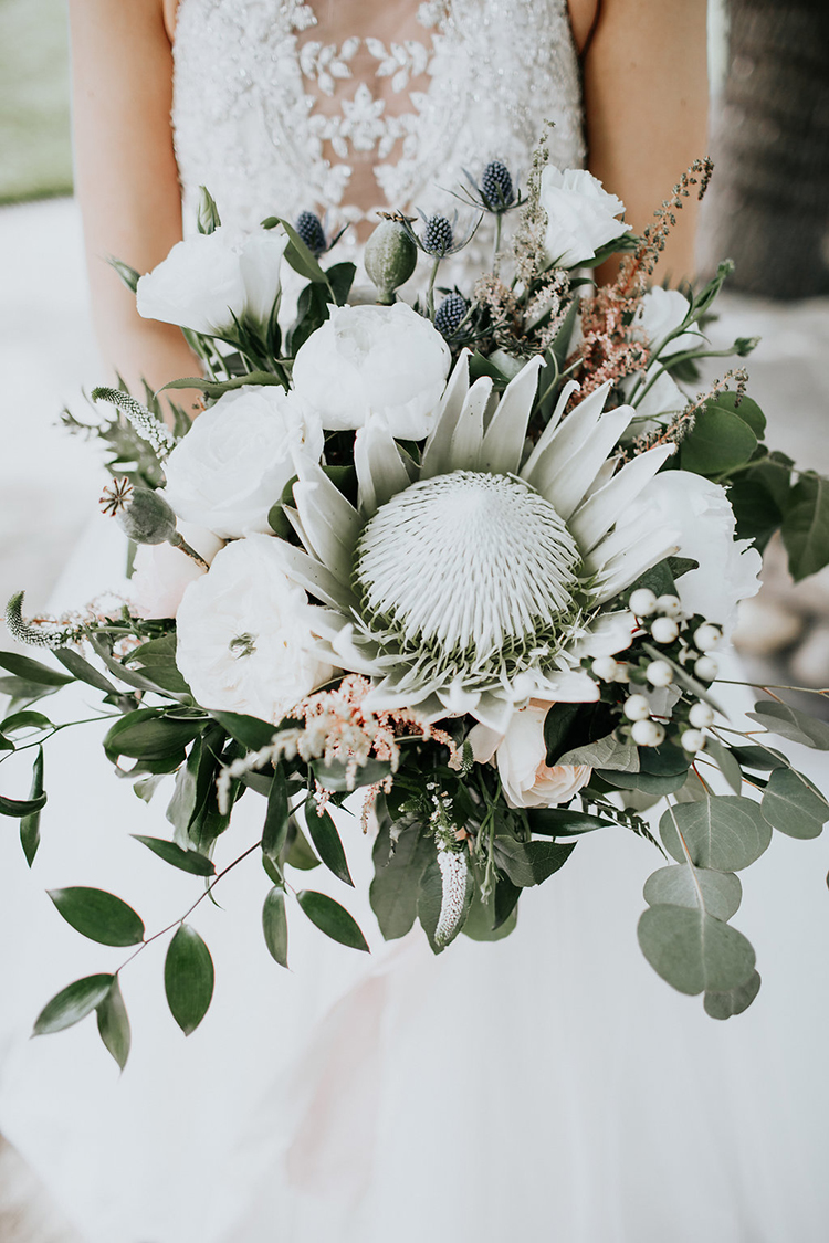 Our Most Popular Wedding Flowers of 2017 #weddingbouquets #flowers #floraldesign