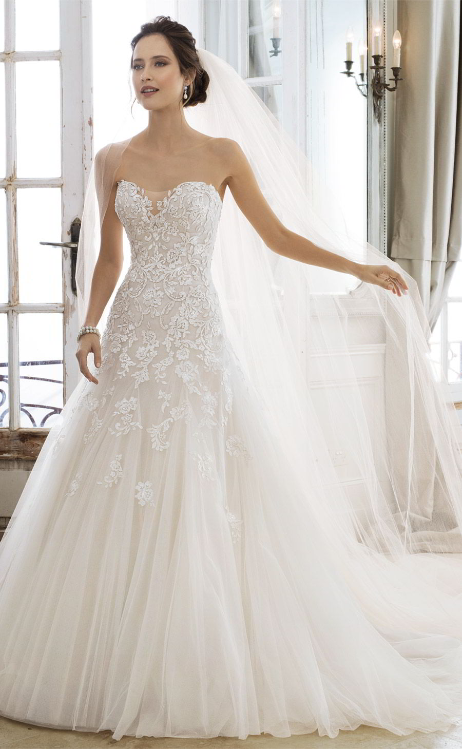 sophia tolli spring 2018 mon cheri bridals strapless sweetheart beaded lace a line wedding dress (y11866 adonia) mv chapel train elegant romantic
