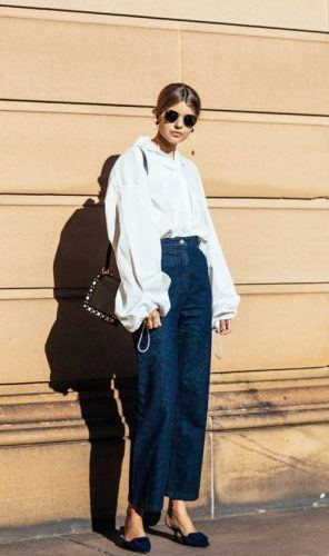 Oversized-Jeans-for-Work-296x500 Wearing Business Casual Jeans-21 Ways to Wear Jeans at Work