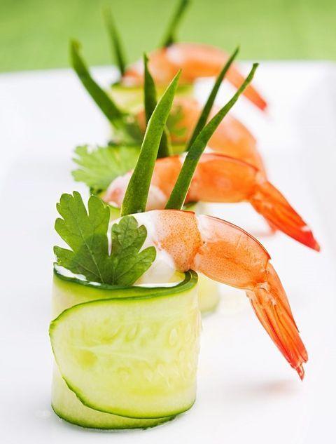 cucumber wrapped shrimps with fresh herbs is always a good and refreshing idea