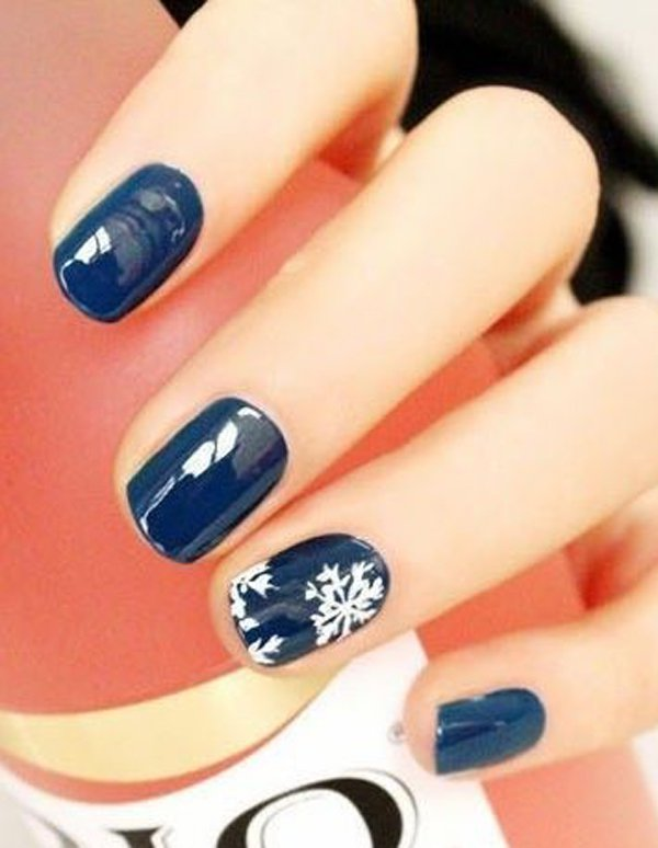 Elegant-blue-with-sonw-nail-art Winter Nail Art Ideas - 80 Best Nail Designs This Winter