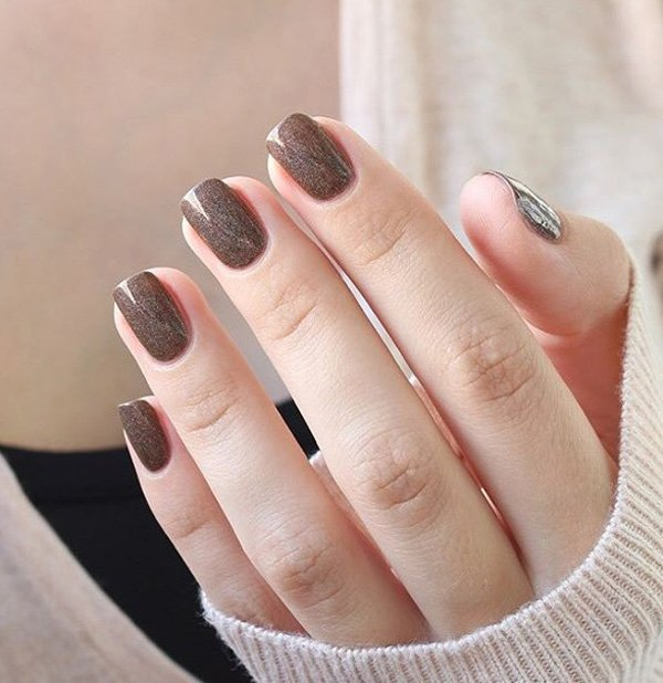 Brown-nail-art-for-winter Winter Nail Art Ideas - 80 Best Nail Designs This Winter