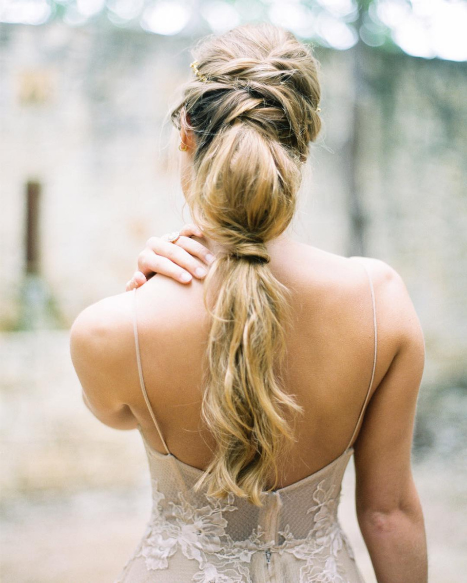 loose braid ponytail wedding hairstyle