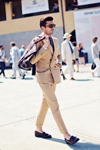 How-to-Wear-a-DB-Suit-with-Khaki-Pants-333x500 25 Ideas on How to Wear Double-Breasted Suits for Men