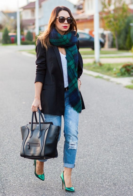 blue ripped boyfriend jeans, a white tee, a black blazer, emerald shoes and a matching checked scarf