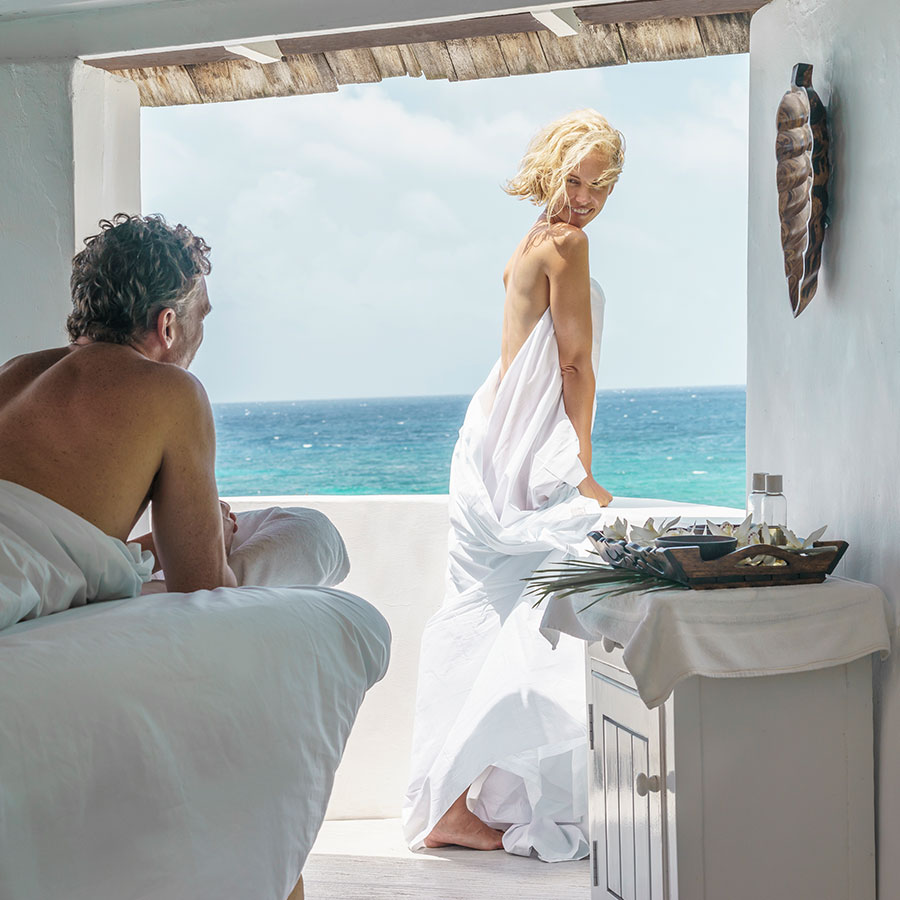 apple vacations jamaica destination wedding couples resorts san souci ocho rios honeymoon spa relaxtion
