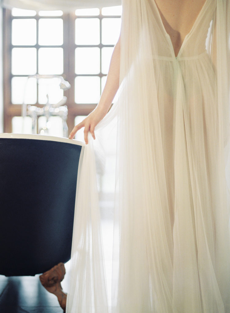 Get inspired by the gorgeous shots of this elopement and steal some ideas