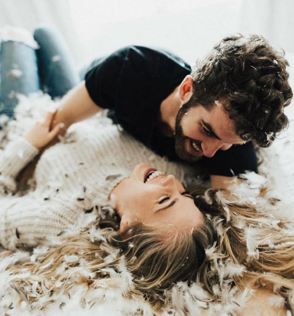 9 Date Night Ideas You Can Actually Have Tomorrow #lastminutedatenights #athomedates #affordabledatenights