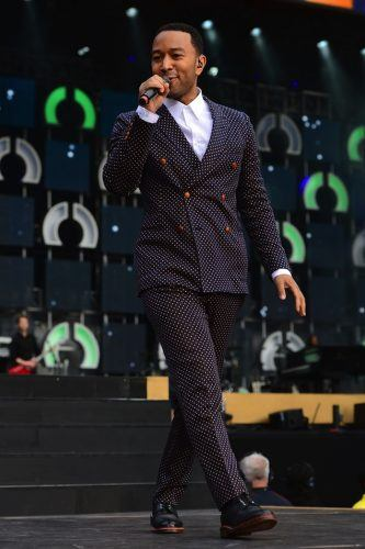Trousers-with-DB-Blazers-333x500 25 Ideas on How to Wear Double-Breasted Suits for Men