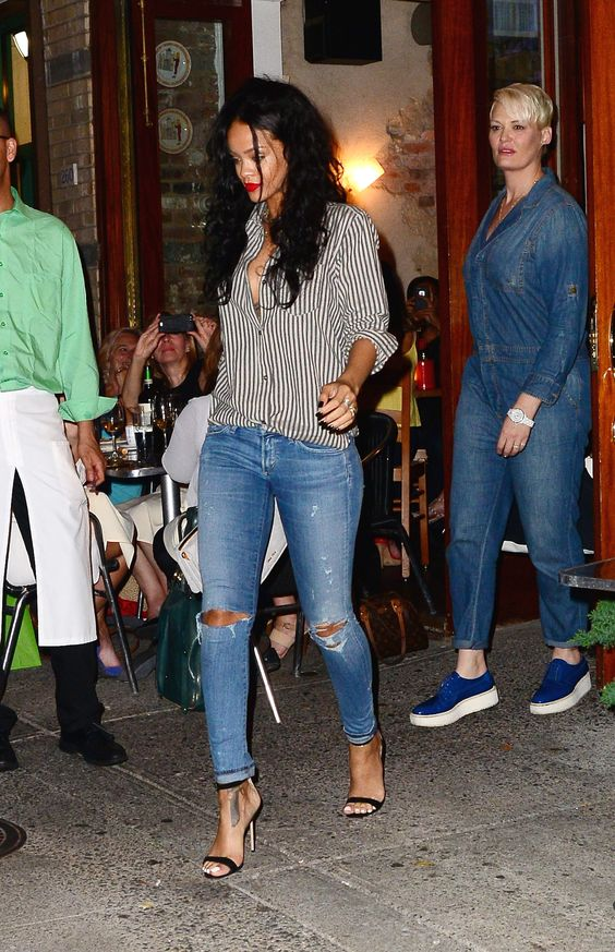NEW YORK, NY - JULY 31: Singer Rihanna is seen in Sohoon July 31, 2014 in New York City. (Photo by Raymond Hall/GC Images)