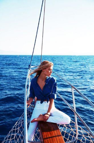 main.original.600x0c-1-330x500 26 Best Boating Outfit Ideas for Girls-What to Wear On a Boat