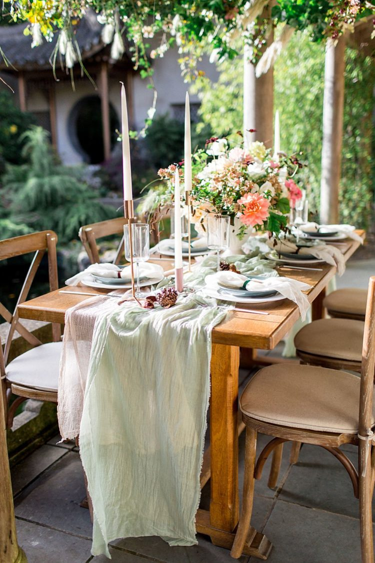 Greens, corals, blush were the main colors of the shoot and they were perfectly shown in the tablescape