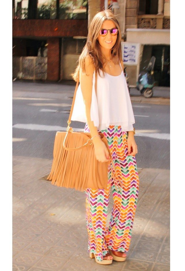 printed-palazzo-pants 28 Modern ways to Wear Palazzo Pants with other Outfits