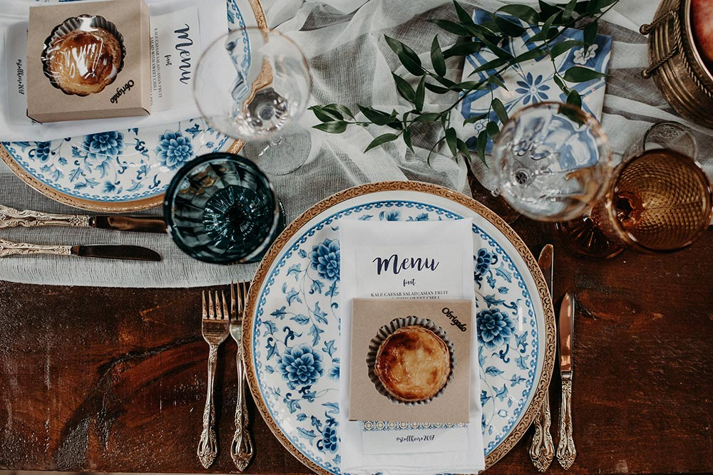 mediterranean inspired place setting