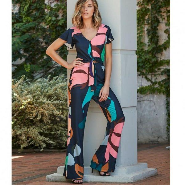 How-to-wear-printed-ants-in-summer-600x601 Printed Pant Outfit-18 Ideas What to Wear With Printed Pants