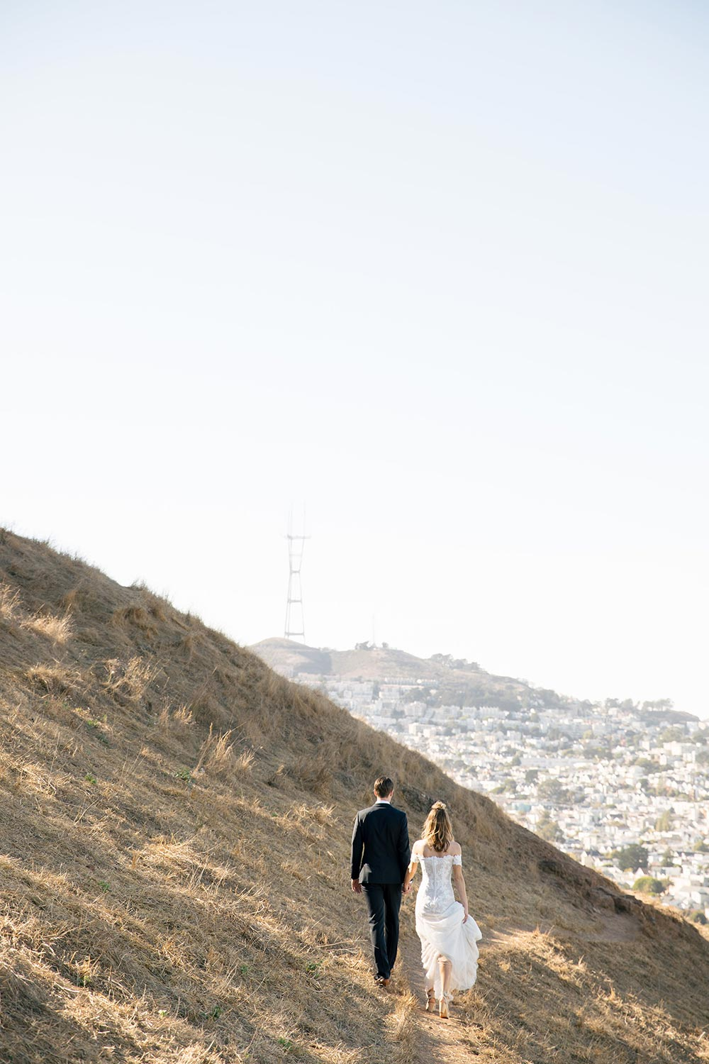 San Francisco overlook bridal portraits