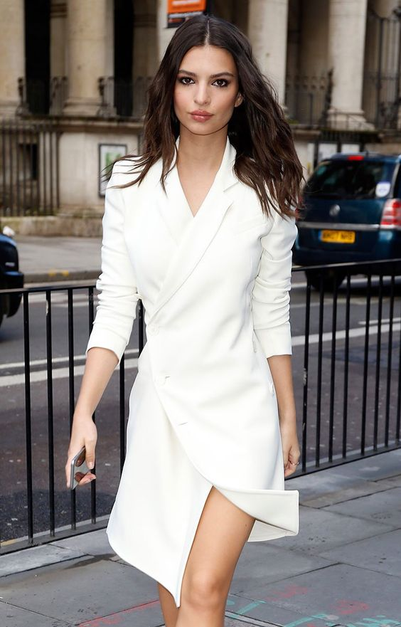 a white blazer dress with long sleeves is a gorgeous idea for many kinds of parties
