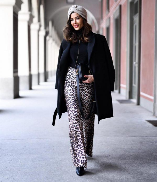 Printed-Pants-for-Ladies-600x698 Printed Pant Outfit-18 Ideas What to Wear With Printed Pants